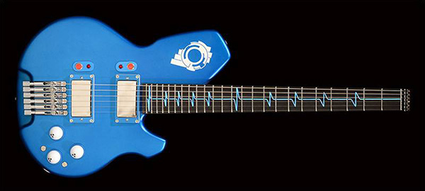 受注販売品のタチコマギター