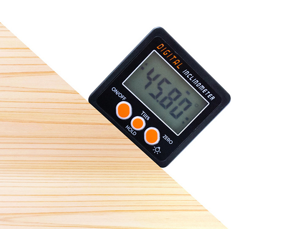 上海問屋、置くだけで角度を測定できるDIYに便利なマグネット付きのデジタル角度計を発売
