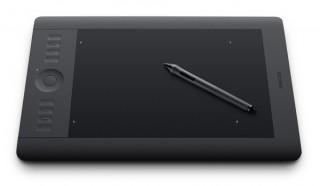 新UIとワイヤレス対応で使い勝手が向上した「Intuos5」速報レビュー