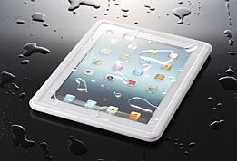 ソフトバンクBB、IPX5準拠の薄型iPad用防水ケースを発売