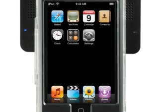 iPod touch専用のケース一体型スピーカー