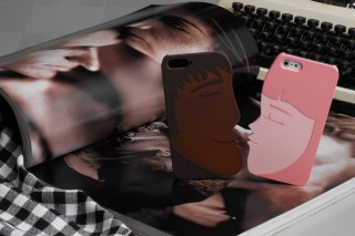 プレアデス、恋人たちのキスをモチーフにした2個パックのiPhone5ケース