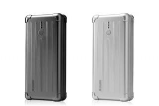 フォーカル、スーツケース風デザインの容量6000mAhバッテリーを発売