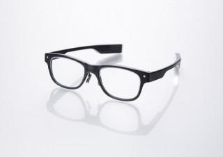 視線移動をリアルタイムに測定、「JINS MEME」発表
