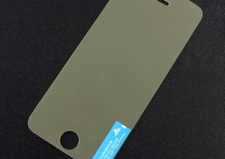 上海問屋、ブルーライトをカットするiPhone用液晶保護シート