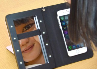 画面を見ながらメイクできる!女優ミラーメイクアップiPhoneケース「iDresser」発売