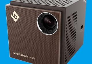 持ち運べるプロジェクター「Smart Beam Laser」登場!超小型にオートフォーカス&無線付き