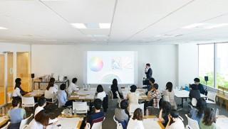 ノンデザイナーが美大式のメソッドでデザインの基礎を学べる「WEデザインスクール」