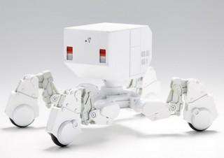 タチコマっぽい自律稼働式重機「出雲重機」のスケールモデルが資金集めに成功!