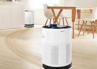 エコバックス、スマホと連携できるロボット空気清浄機「ATMOBOT 650」を発売