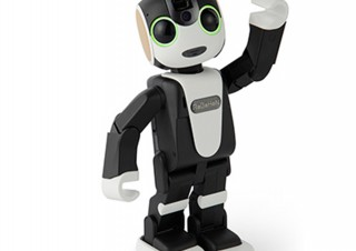 対話可能な電話付きロボット「ロボホン」、1泊1500円でのレンタルを開始