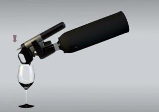 コルクを抜かずにワインが飲めるツール「CORAVIN」が発売開始
