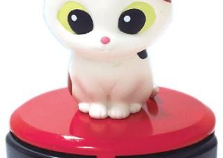 シャイン、猫が乗ったロボット掃除機型のデスクトップクリーナー「ルンルンクリーニャーD」を10月発売