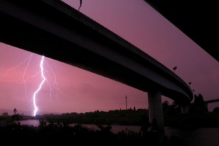 高速道路のある風景写真を募集している「第15回 NEXCO西日本フォトコンテスト」