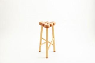 木村木品製作所、りんごの木を使用して作られた「Ringoスツール」を発売