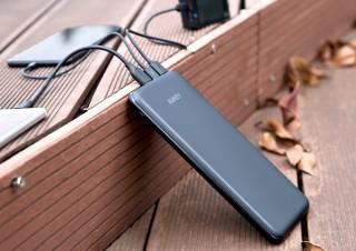 AUKEYから、Lightning&Micro&USB-Cポートを全部備えたバッテリー「PB-Y14」発売