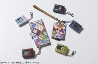 バンダイ、デジモンの歴代ゲーム機を敷き詰めた総柄デザインのスマホケースを発売