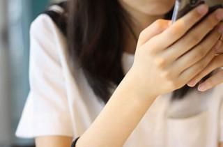 Microsoft、女子高生AI「りんな」が話す最新の若者言葉を予測変換に加える