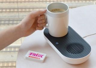 オフィスのデスクでいつまでも変わらぬ冷たい/熱いドリンクを、「デスクトップ冷熱カップ」発売