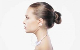 """ワンランク上の""""ながら聴き""""が楽しめる ambie「wireless earcuffs(ワイヤレス イヤカフ)」発売"""