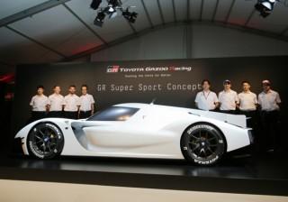 トヨタ、ル・マン参戦マシンをベースにしたスーパースポーツカーの市販モデル開発を発表