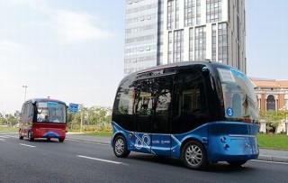 ソフトバンク、バイドゥとの協業により日本で自動運転バス「Apolong」を運行へ
