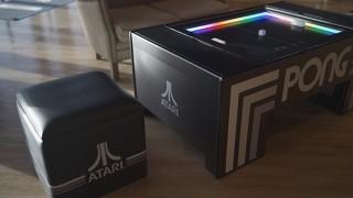 ATARI社の名作ゲームを家庭で遊べるテーブルと椅子のセット「TABLE PONG」が登場