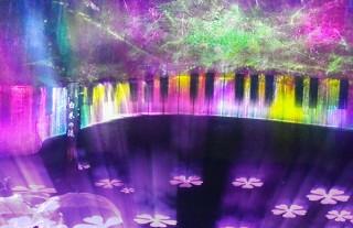 プロジェクションマッピングも活用した軽井沢の「白糸の滝」ライトアップイベントがスタート