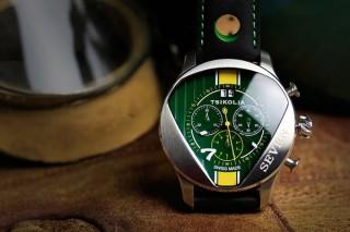 スポーツカーの精神を受け継ぐ腕時計コレクション「SEVEN」国内販売を開始