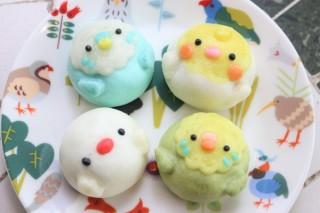 約5万点の小鳥グッズの販売を中心としたイベント「幸せを運ぶ 小鳥のアートフェスタ in 横浜」
