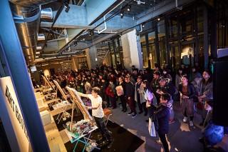 複数のアーティストが一斉に作品を制作して競うライブアートイベント「第2回 ART BATTLE」