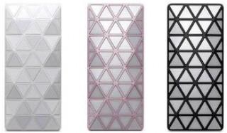 au、「iida」新モデルは光と音楽で空間をデザインする携帯電話「LIGHT POOL」