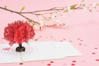 精密な立体アートが魅力!欧米で人気の「LOVE POPカード」の展示販売フェアが開催中
