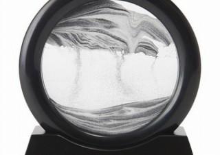 ひっくり返すと毎回異なる砂の絵が楽しめる「サンドピクチャー ラウンド」、ヴィレヴァンから