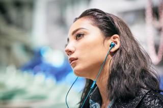 パイオニア、高感度ドライバー搭載でクリア音質を実現した密閉型インナーイヤーヘッドホン発売