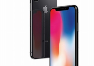 iPhone X/13インチMacBook Proの不具合問題、Appleが公式の無料修理を発表