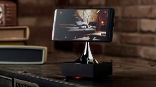プラススタイル、使わなくなったスマホを見守りカメラとして使えるモーター内蔵クレードルを発売
