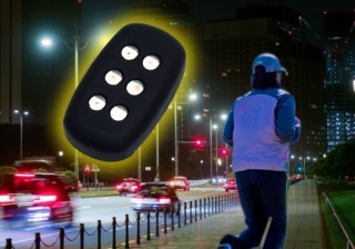 ランニングの振動で光って安全を確保できる「セルフパワー夜ランニングライト」発売
