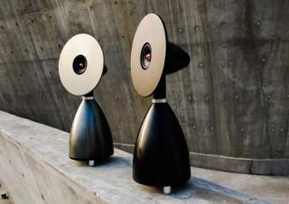 """特許出願中の""""共振ディスク""""による未来的なデザインスピーカー「speaker NX-2」"""