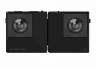 カメラの世界にも折りたたみ!180°/360°撮影が可能な「Insta360 EVO」発売