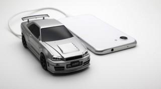 フェイス、専用ポーチ付属スカイラインGT-R R34型モバイルバッテリー発売