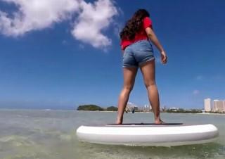 水上で360度好きな場所へ移動できる新しいマリンアクティビティ「Wheeebo」
