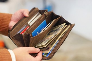 とにかく財布は大容量!という人に、収納導線を考えた誰でも収納上手になれる長財布「TIDY」