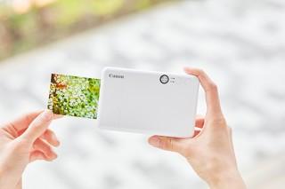 キヤノンMJ、1台で写真撮影と出力が可能な小型のカメラ機能付きプリンタを発売