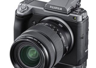 富士フイルム、有効約1億200万画素のミラーレスデジカメ「FUJIFILM GFX100」を発売