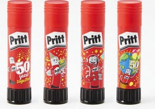 プラス、世界的なのりブランドPrittの「スティックのり プリット 50周年記念限定柄」発売