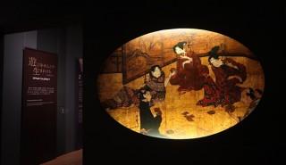 """「遊びの流儀 遊楽図の系譜」展、多彩な屛風の中に描かれた人々の""""遊び""""を辿る"""