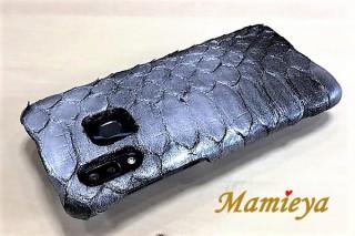 マーユ、ダイヤモンドパイソンを使った1点特注のスマホケースを発売