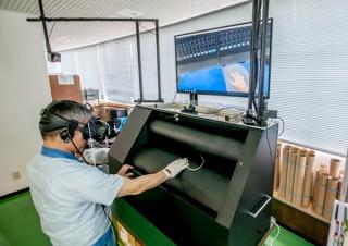 凸版印刷が従業員の安全教育のため印刷ローラーへの巻き込まれを体験できるVRコンテンツを開発