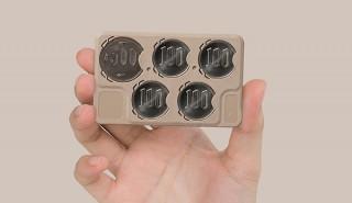 アルプス化成、コインをカードにはめ込み持ち運ぶCOinCAを発売